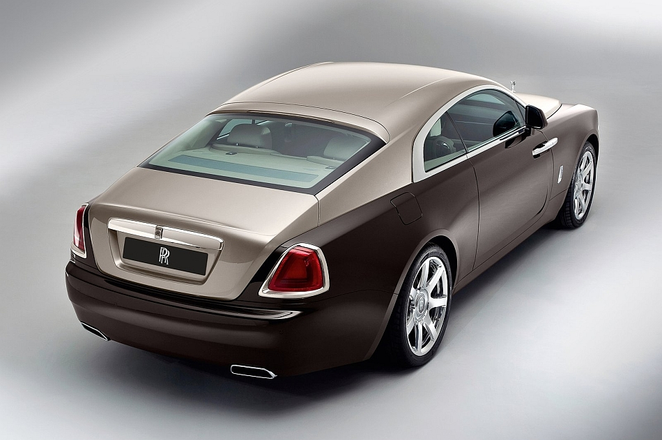 2014 Rolls-Royce Wraith Coupe Rear 3-4 Studio