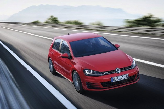 Volkswagen revealed Golf GTD for Europe, basically a GTI diesel
