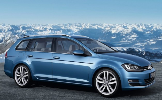 2013 Geneva: Volkswagen unveils 2014 Golf Variant at Geneva, essentially a Golf wagon