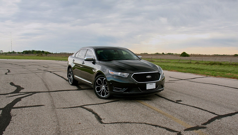 2013 Ford Taurus SHO Hennessey Performance MaxBoost 445 Front 3-4 Right