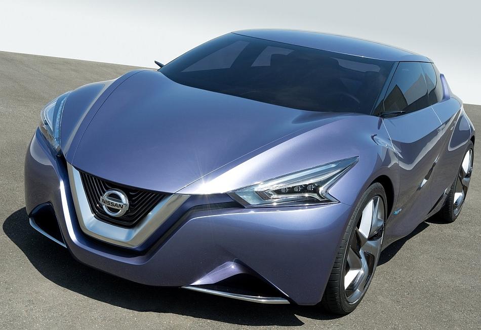 2013 Nissan Friend-ME Concept Front 3-4 Left Close Up