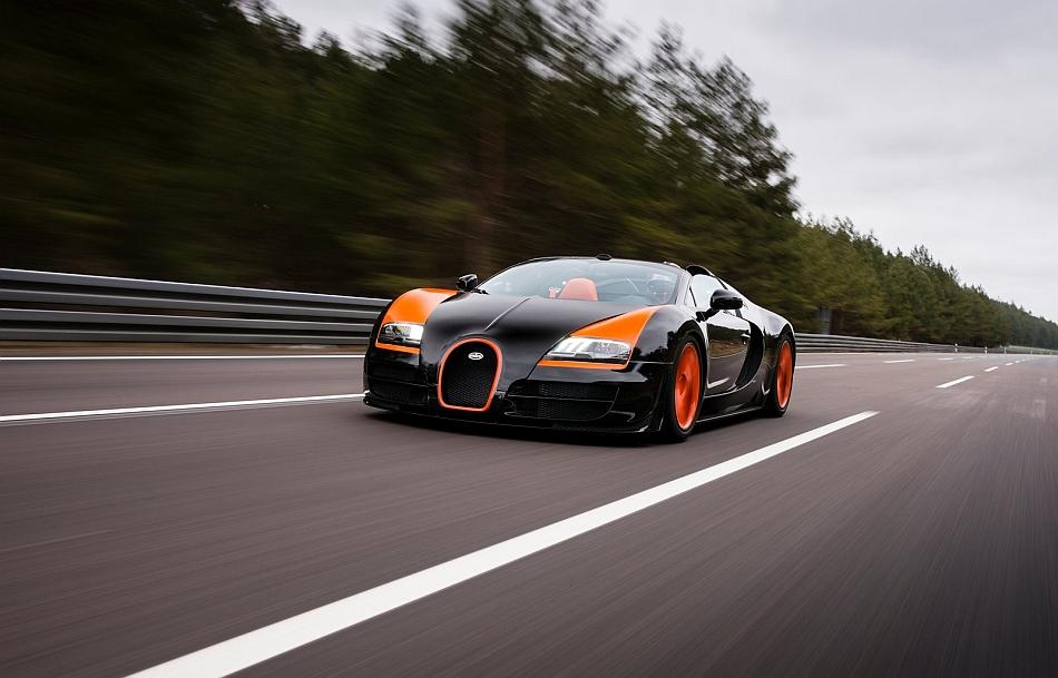 2014 bugatti veyron grand sport vitesse front 3 4 left cruising egmcartech. Black Bedroom Furniture Sets. Home Design Ideas