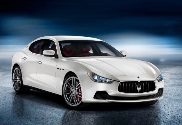 BREAKING: Maserati unveils new 2014 Ghibli midsized sedan to take on the BMW 5-Series, Audi A6 et al