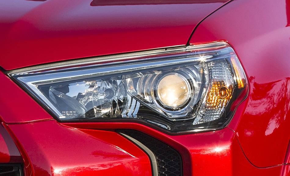 2014 Toyota 4Runner Headlight Teaser
