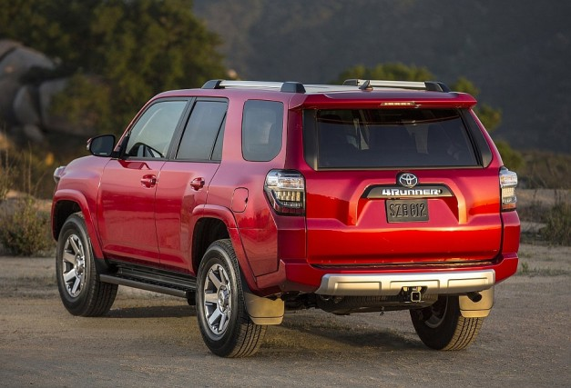 2014 Toyota 4Runner Rear 3-4 Left