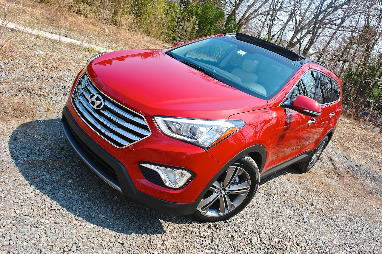 First Review - 2013 Hyundai Santa Fe Limited AWD Front Detail Angle