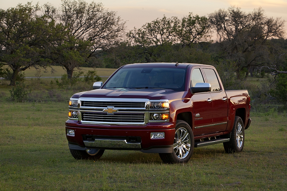 2014 Chevrolet Silverado Texas Edition Front 3-4 Left