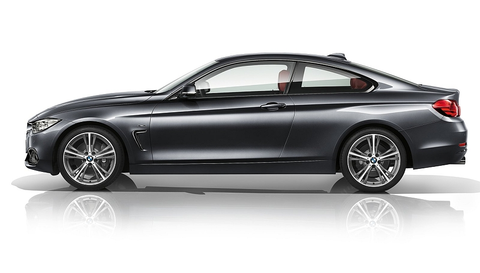 2014 BMW 4-Series Coupe Left Studio