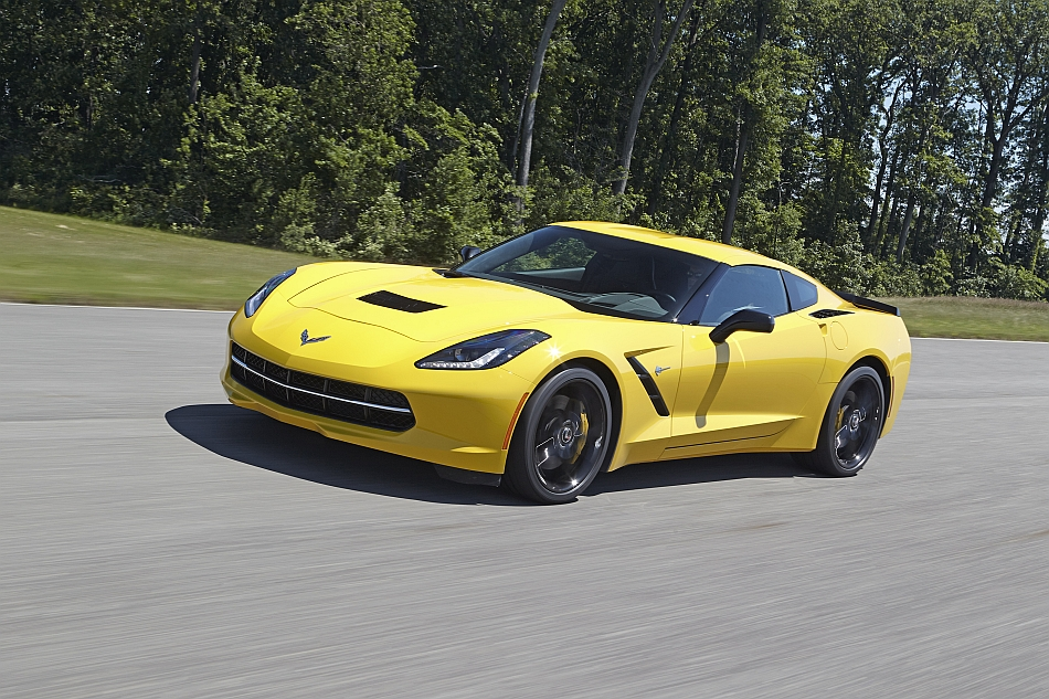 2014 Chevrolet Corvette Stingray Factory Performance Testing Front 3-4 Left Cruising