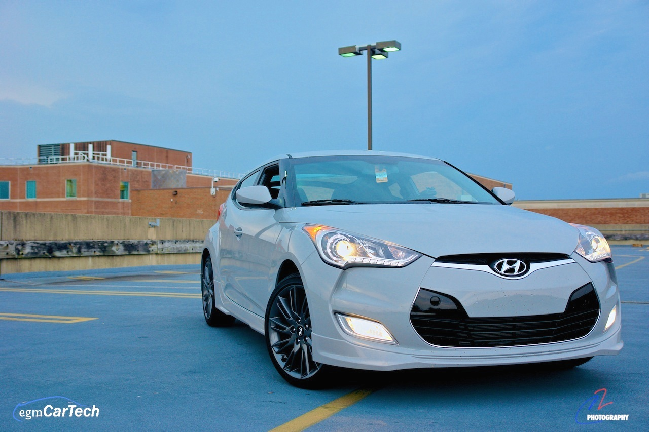 2013 Hyundai Veloster RE-MIX Edition Front 3-4 Right Close Up