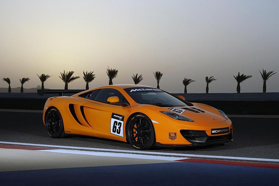 2013 McLaren 12C GT Sprint Front 3-4 Right