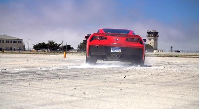 2014 Chevroelt Corvette Stingray Z51 Test Video MotorTrend