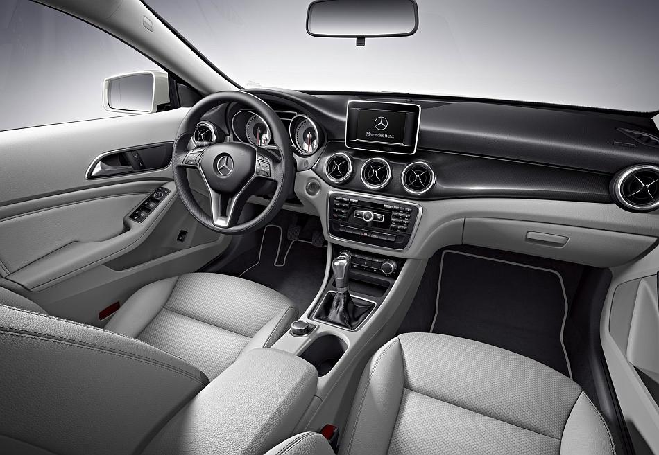 2014 mercedes benz cla class interior front egmcartech - 2014 mercedes c class interior ...