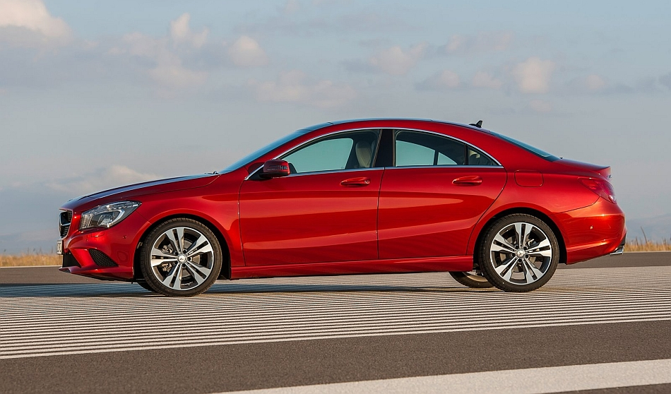 2014 mercedes benz cla class left side egmcartech for 2014 mercedes benz cla class review