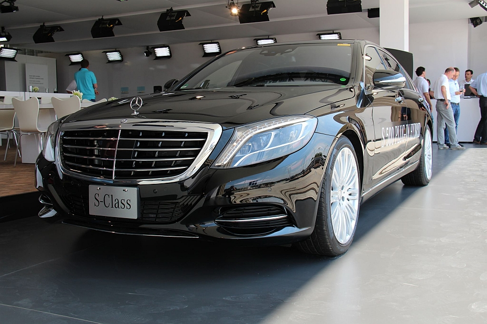2014 Mercedes-Benz S500 Plug-In Hybrid Leak