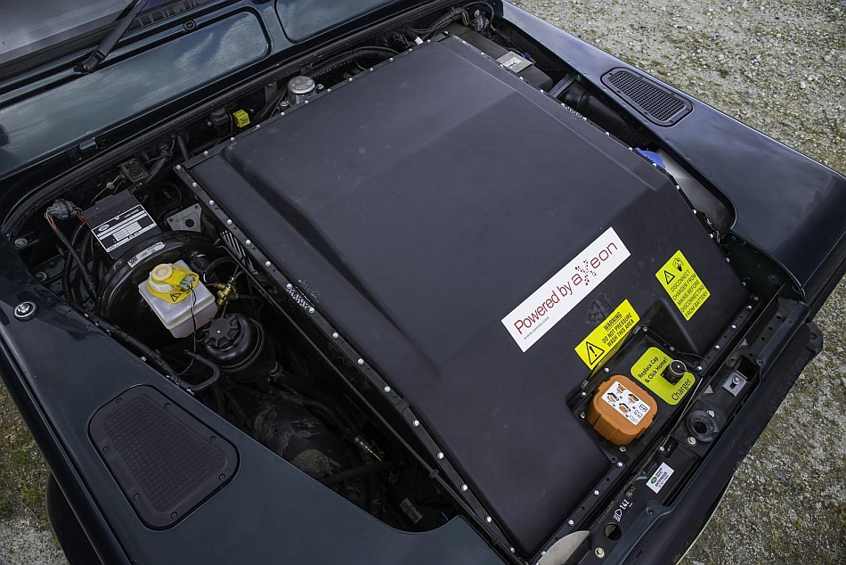 2013 Land Rover Defender Ev Testing Under The Hood