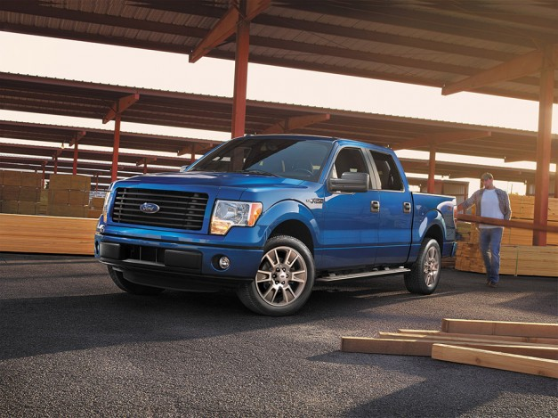 Ford launches the new STX Sport Package for the 2014 F150 Supercrew