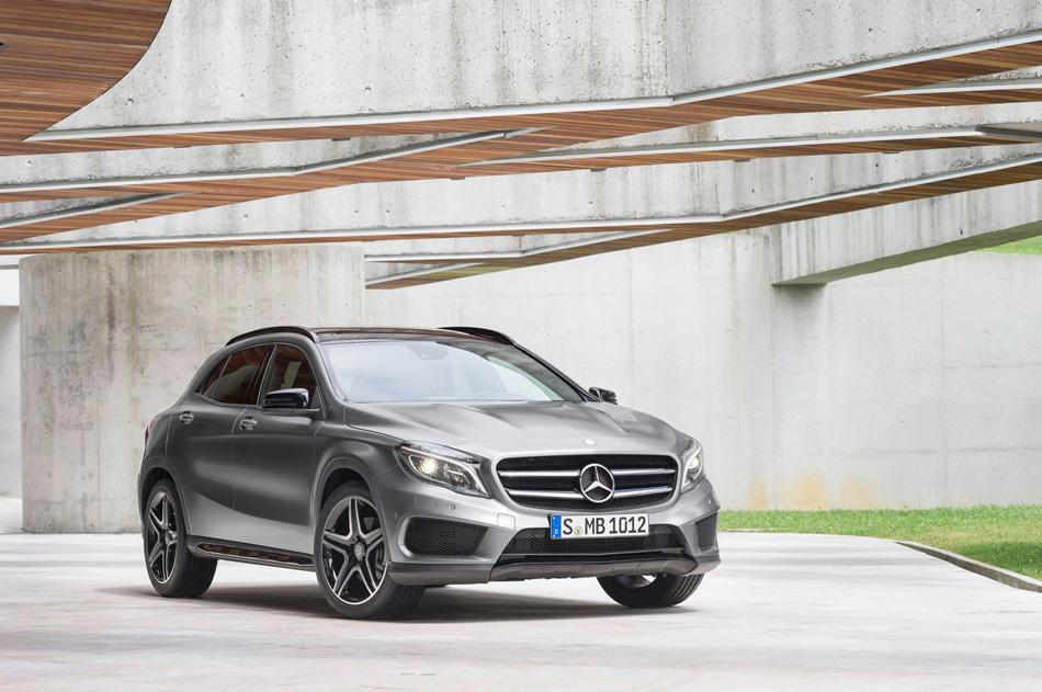 2014 Mercedes-Benz GLA-Class (12)