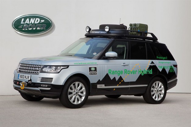 Land Rover reveals the world's first premium diesel hybrid SUV, the Range Rover Hybrid/Sport Hybrid