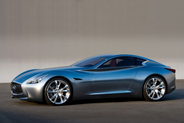 Report: A new Infiniti Q60 to surface in Detroit
