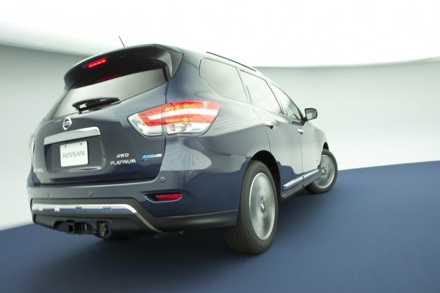 Report: Nissan drops Pathfinder Hybrid, reduces production of Infiniti QX60 Hybrid