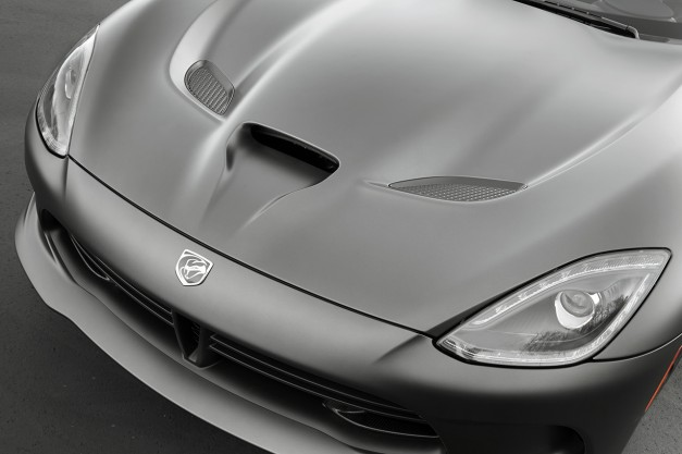 2015 Dodge Viper now stickers for $84,995