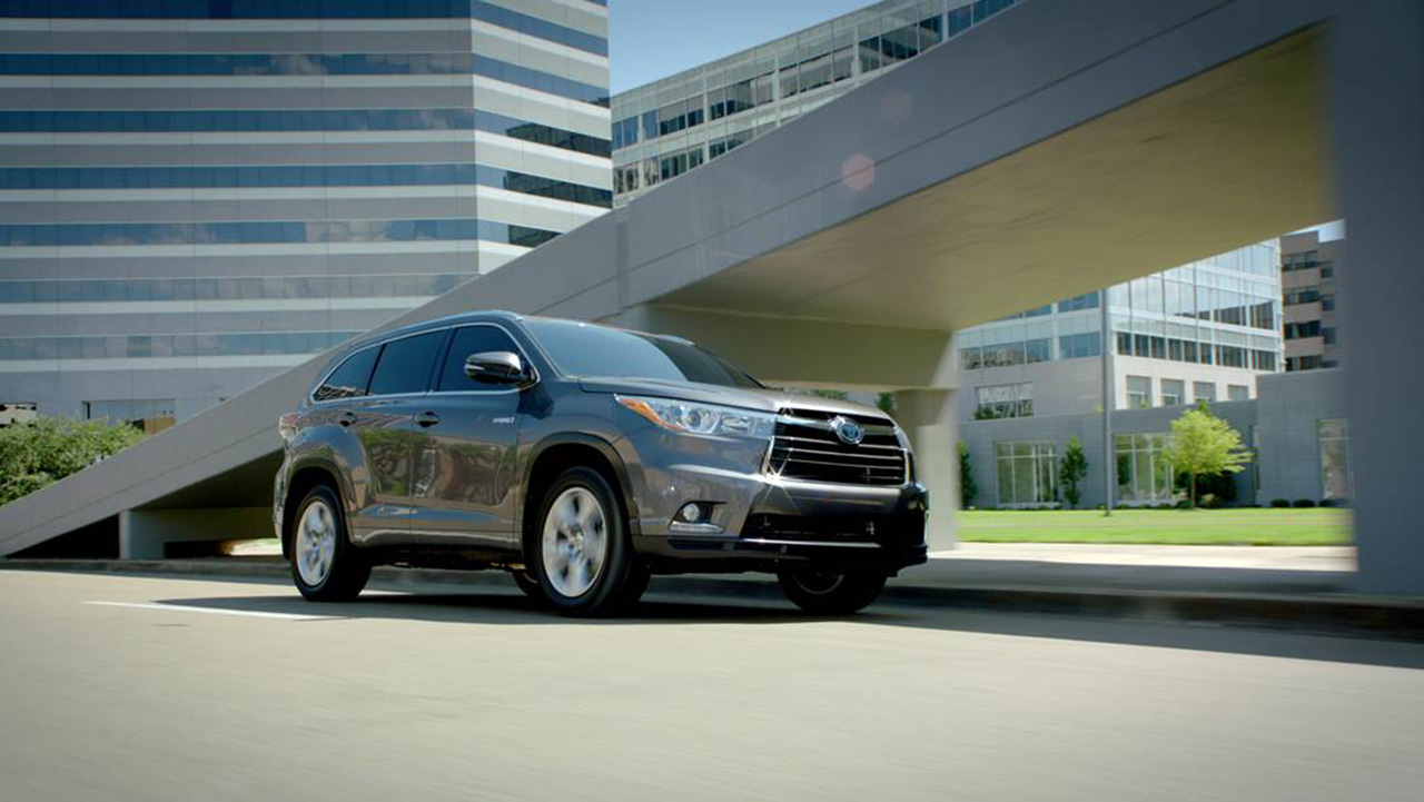 Opinion: Toyota Reveals 2014 Highlander Hybrid Specs, We Question The Point  Of The Car