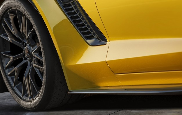 Chevrolet teases the all-new 2015 Corvette Z06, due at Detroit