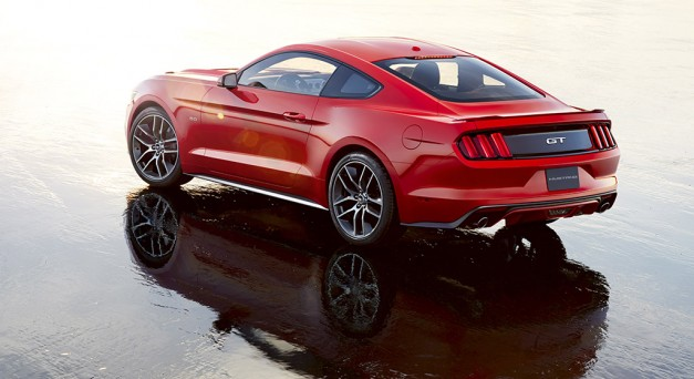 Ford to auction off the first 2015 Mustang at Barrett-Jackson