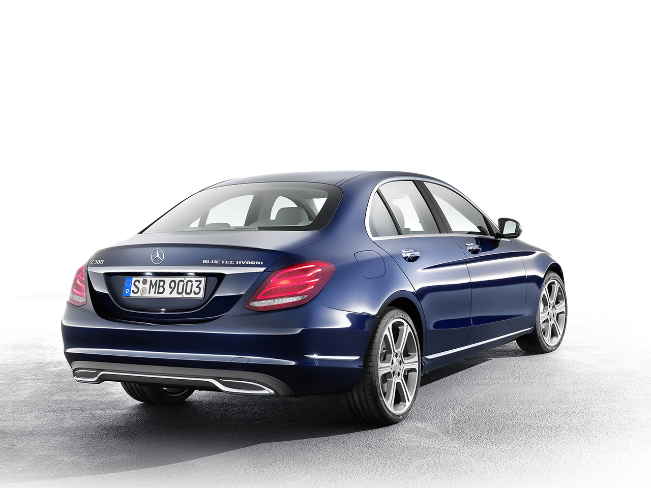mercedes benz c 300 bluetec hybrid exclusive line cavansitblau egmcartech. Black Bedroom Furniture Sets. Home Design Ideas