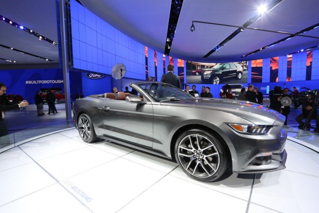 Report: Ford to accept pre-orders for 2015 Mustang in May