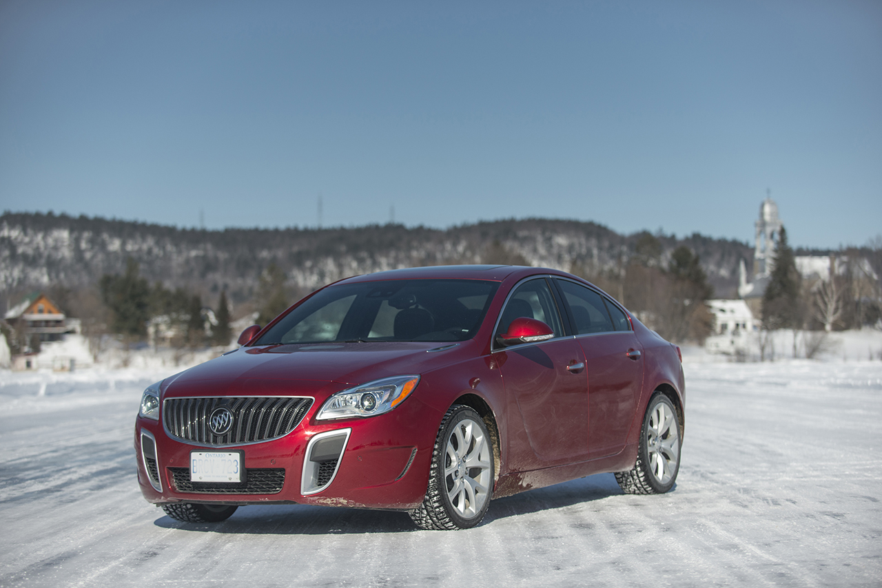 2014 buick regal gs awd in quebec canada egmcartech. Black Bedroom Furniture Sets. Home Design Ideas