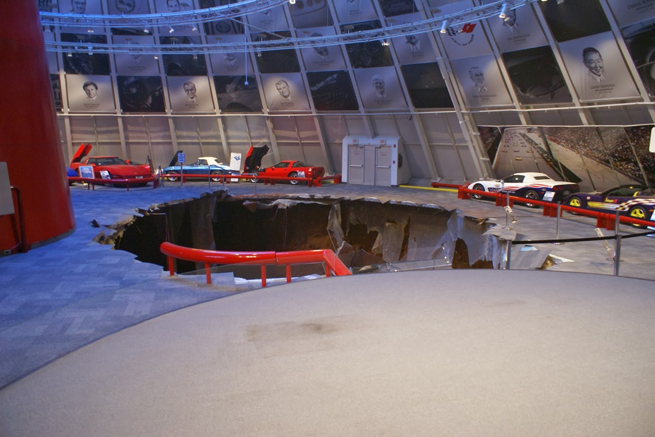 2014 national corvette museum sinkhole 9 egmcartech. Cars Review. Best American Auto & Cars Review