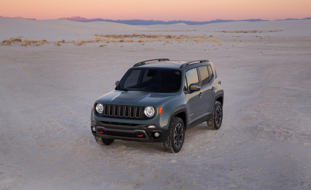 2015 jeep renegade trailhawk 3 egmcartech. Black Bedroom Furniture Sets. Home Design Ideas