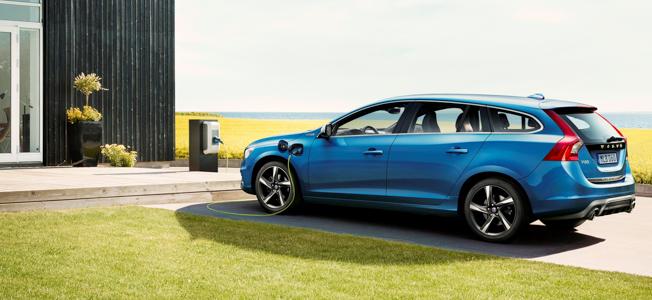 2014 Volvo V60 Plug-in Hybrid D6 R-Design