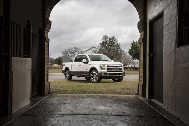 Get this: The 2016 Ford F150 gains a sport mode for more sportiness…in a pickup