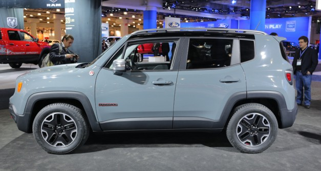 2014 NYIAS: 2015 Jeep Renegade looks like LEGO Duplo, has an Italian accent