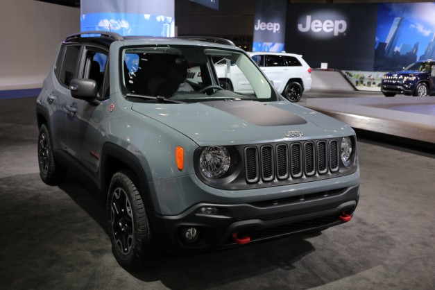 2015 jeep renegade reviews car interior design. Black Bedroom Furniture Sets. Home Design Ideas