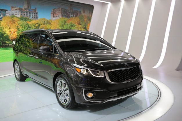 2014 NYIAS: 2015 Kia Sedona is not the van it used to be