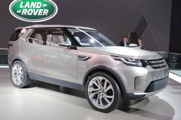 Report: Land Rover to build off-road biased Discovery based on new model