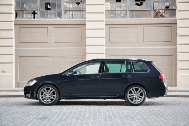 2015 Volkswagen Golf Sportwagen revealed en route to New York