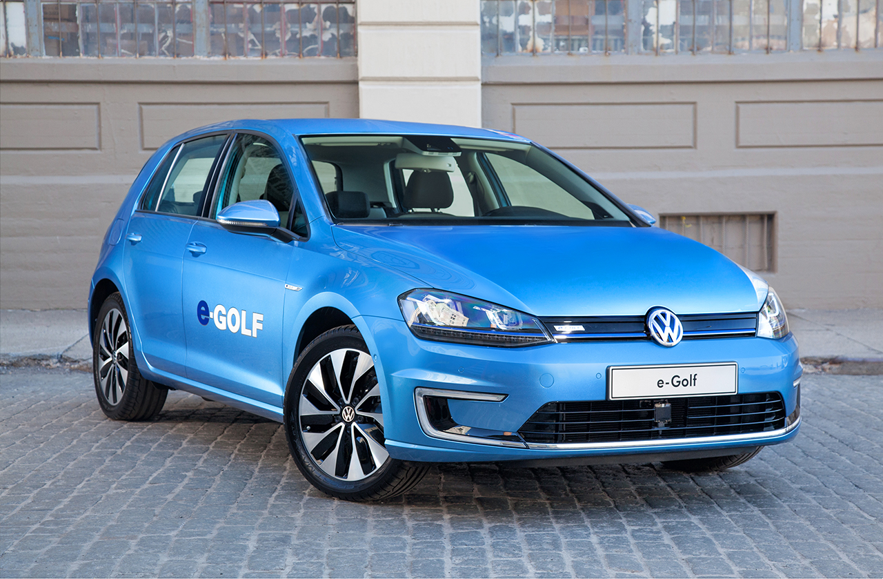 2015 Volkswagen e-Golf (15)