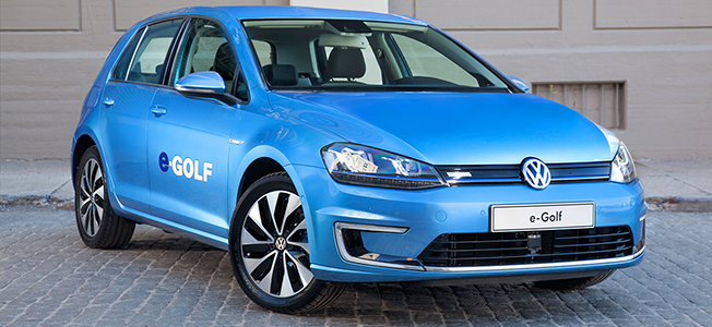 2015 Volkswagen e-Golf (Featured)