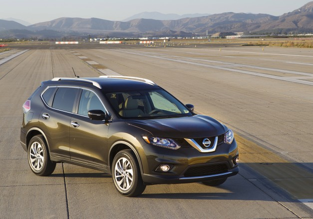 Report: Nissan mulling a Rogue Hybrid here in the US