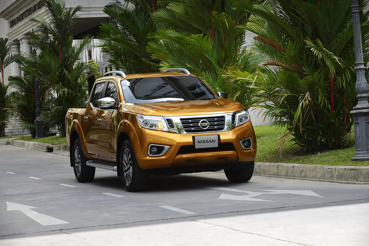 2015 nissan navara np300 41 egmcartech. Black Bedroom Furniture Sets. Home Design Ideas