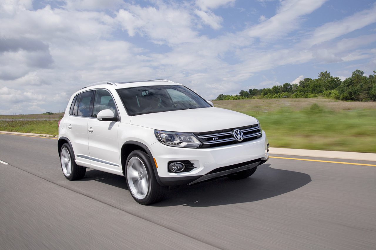 2014 volkswagen tiguan r line egmcartech. Black Bedroom Furniture Sets. Home Design Ideas