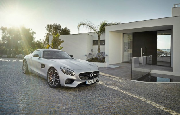 2016 Mercedes AMG GT-S gets released for Spring of 2015; 0-60 in 3.7s