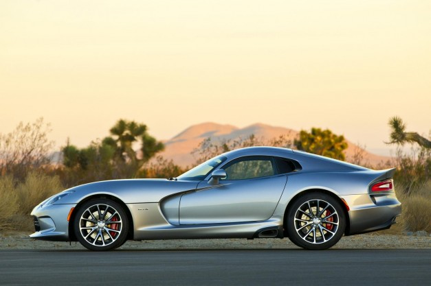 Dodge implements minor changes to 2015 Viper, adds two trims