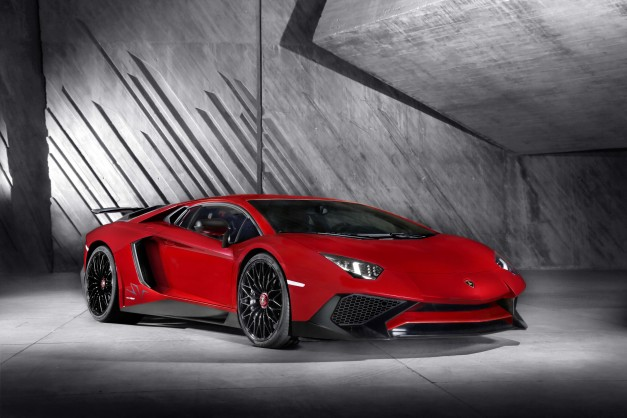 2015 Geneva: The Lamborghini Aventador LP 750-4 SV is a more powerful and lighter version