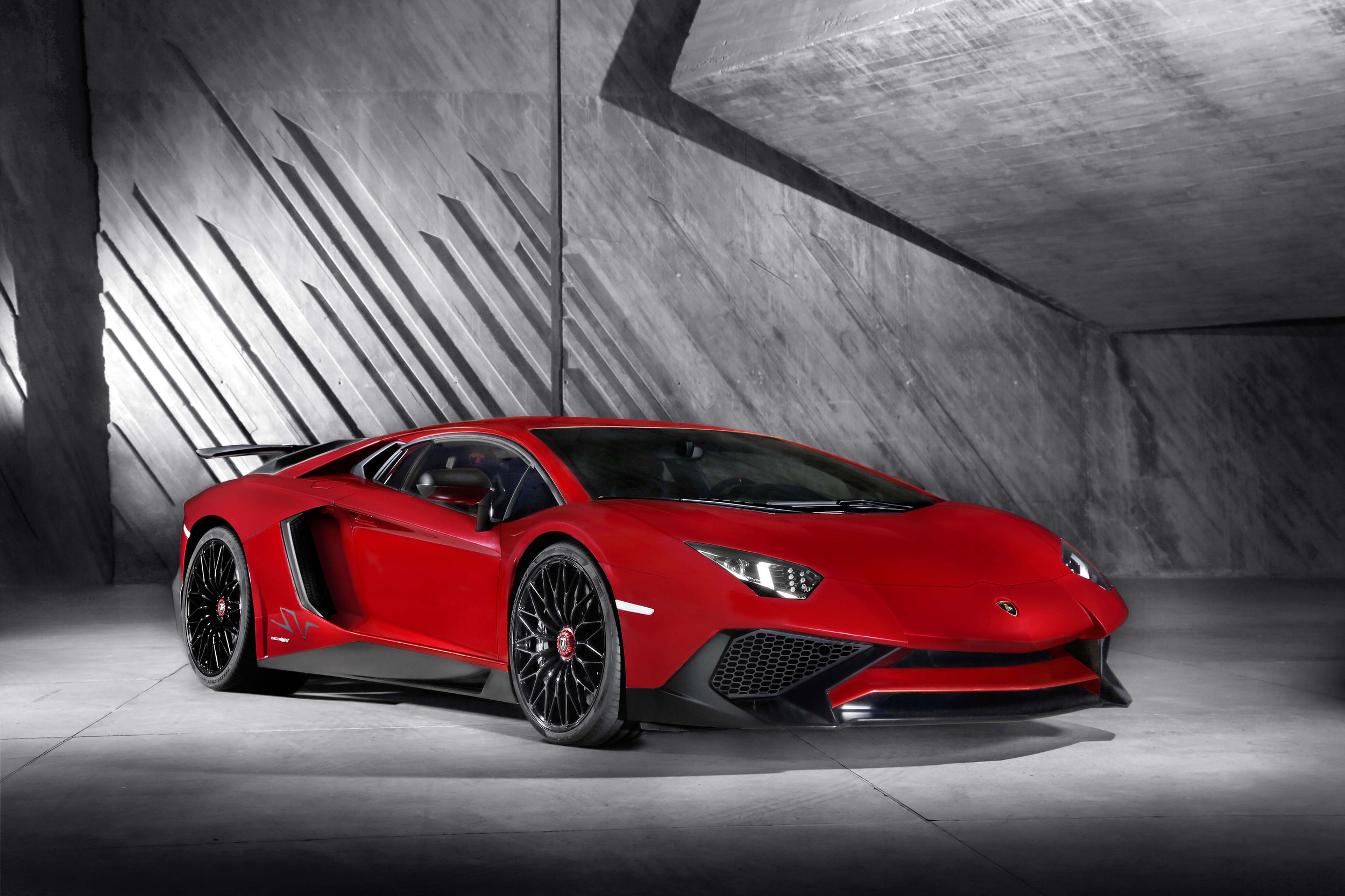 2015 geneva: the lamborghini aventador lp 750-4 sv is a more